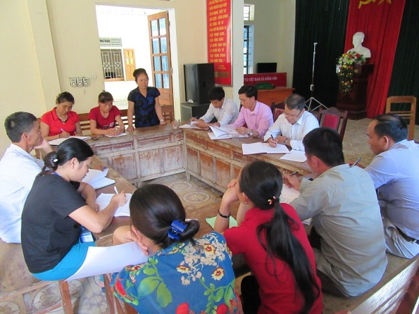 Combining forest-based livelihoods with forest protection in Nghe An and Ha Tinh
