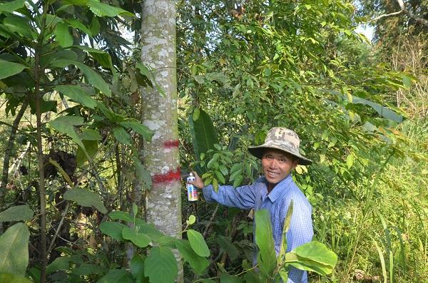 Thông báo chương trình GĐGR do CIRUM hỗ trợ tại xã Sín Chéng tới cồng đồng bằng tiếng Kinh và tiếng H'Mông